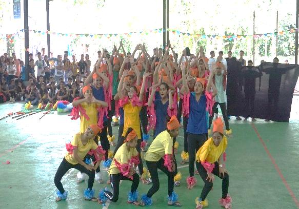 CMDI Bay celebrates English Festival